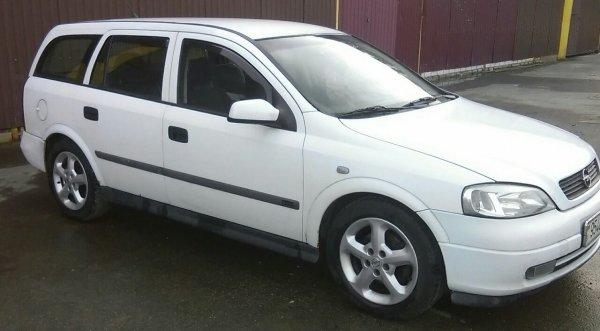 Opel Astra photo 1