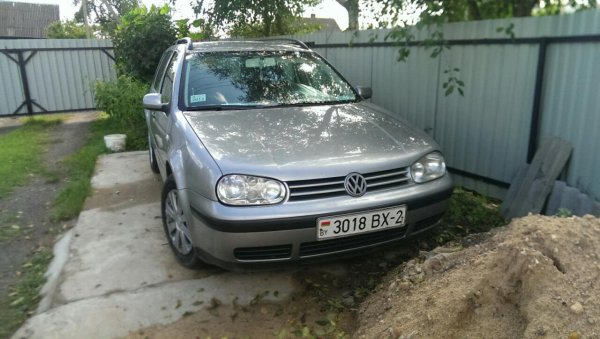 Volkswagen Golf photo 2